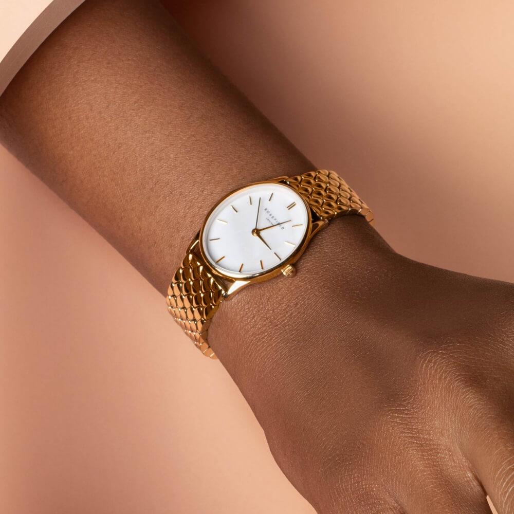Rosefield watch on wrist | Code