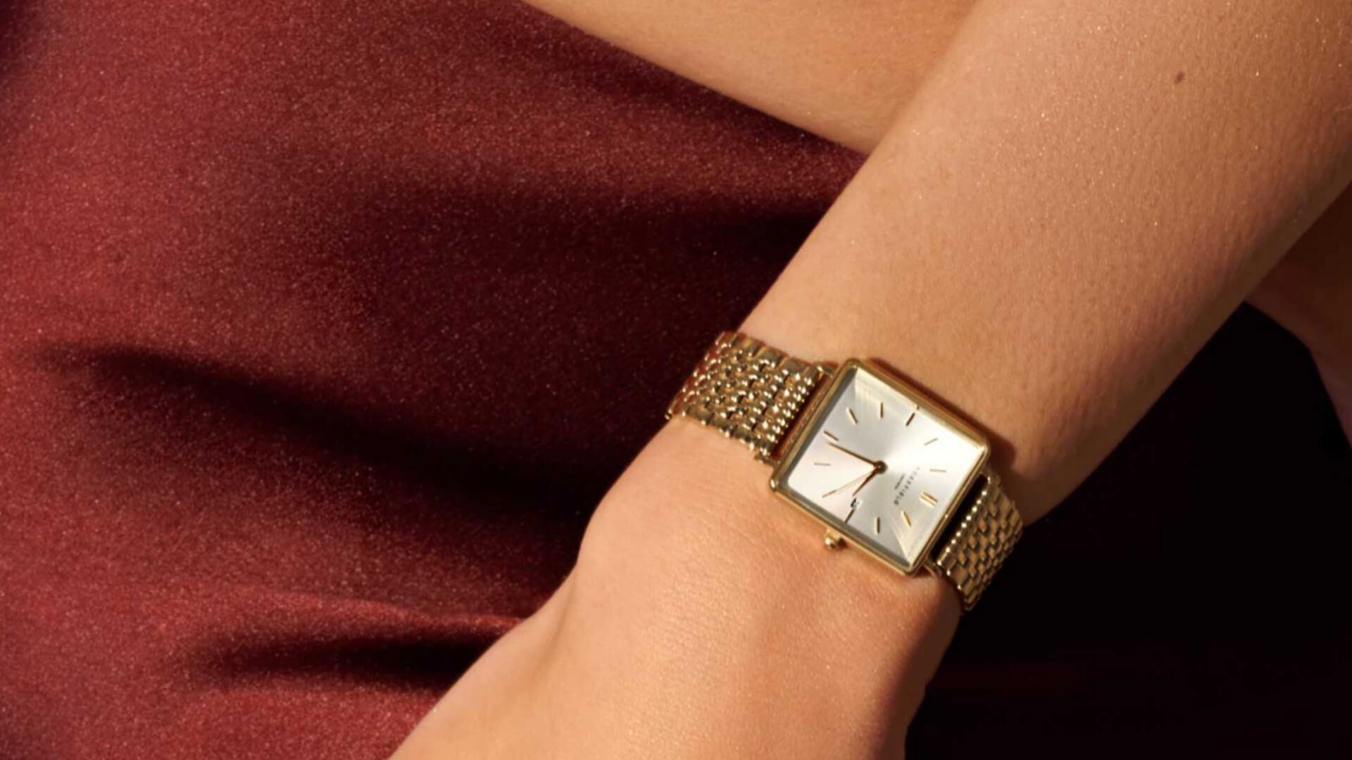 Rosefield watch Boxy on wrist | Code
